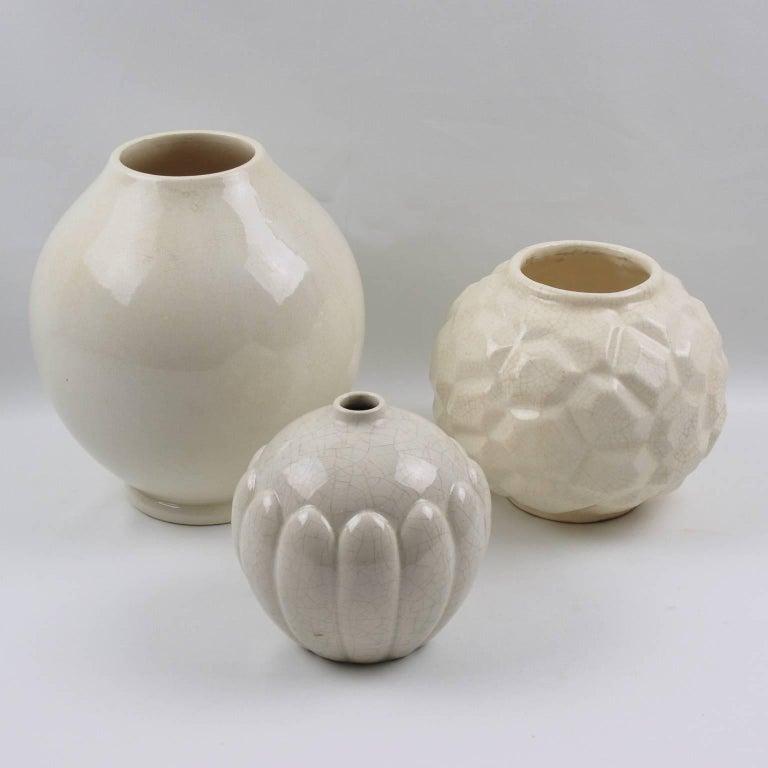 French Art Deco 1930s Saint Clement Crackle Glaze Ceramic Vase For Sale 1