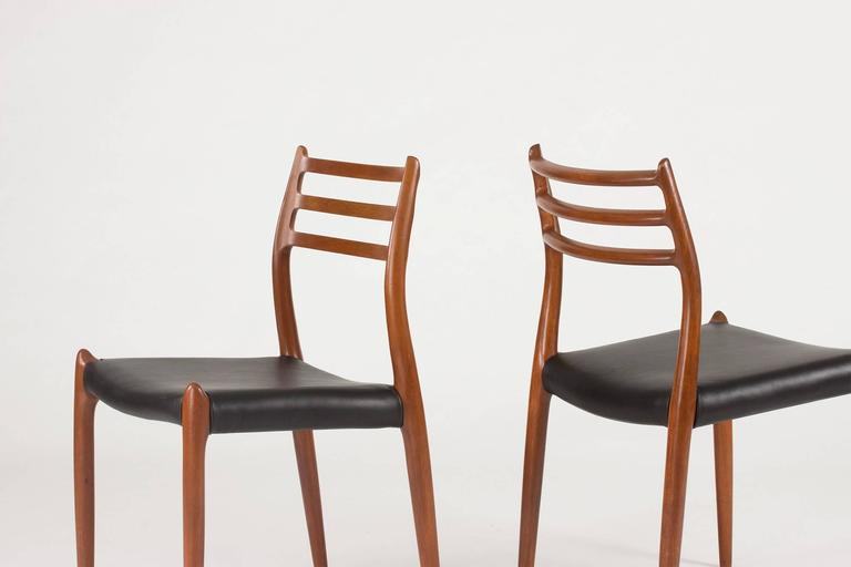 Set of Eight Teak Dining Chairs by Niels O. Møller In Excellent Condition For Sale In Stockholm, SE