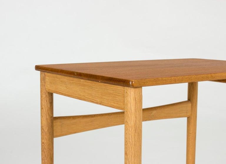 Set of Midcentury Nesting Tables by Hans J. Wegner For Sale 3