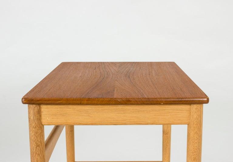 Set of Midcentury Nesting Tables by Hans J. Wegner For Sale 2