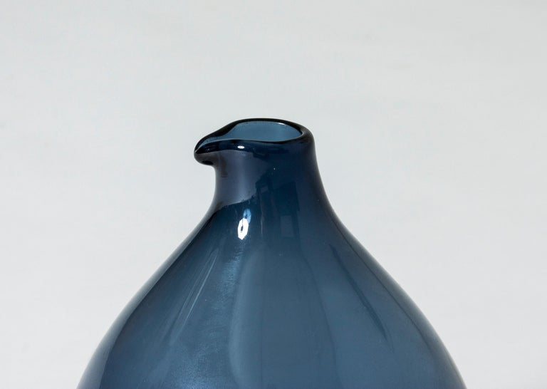 Finnish Midcentury Glass Vase by Timo Sarpaneva For Sale