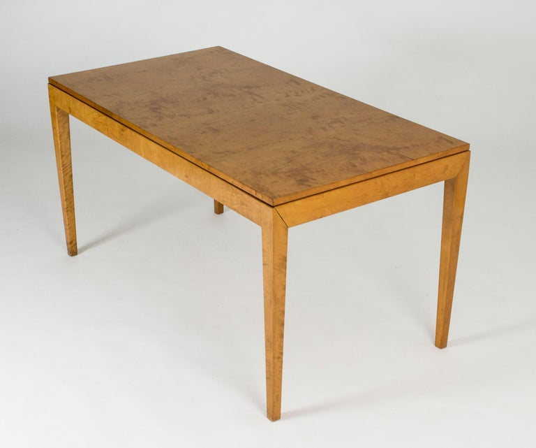1930s Beech Dining Table by Axel Larsson In Good Condition For Sale In Stockholm, SE