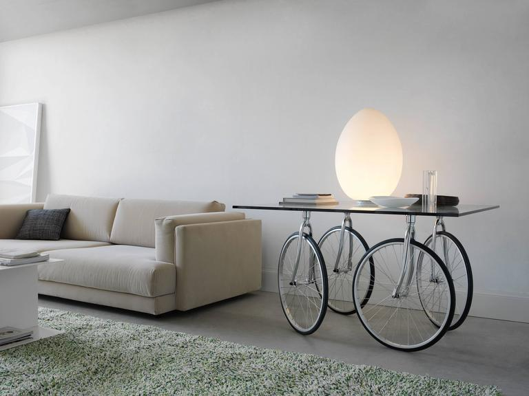 Tour Table with Glass Top Designed by Gae Aulenti for Fontana Arte 2