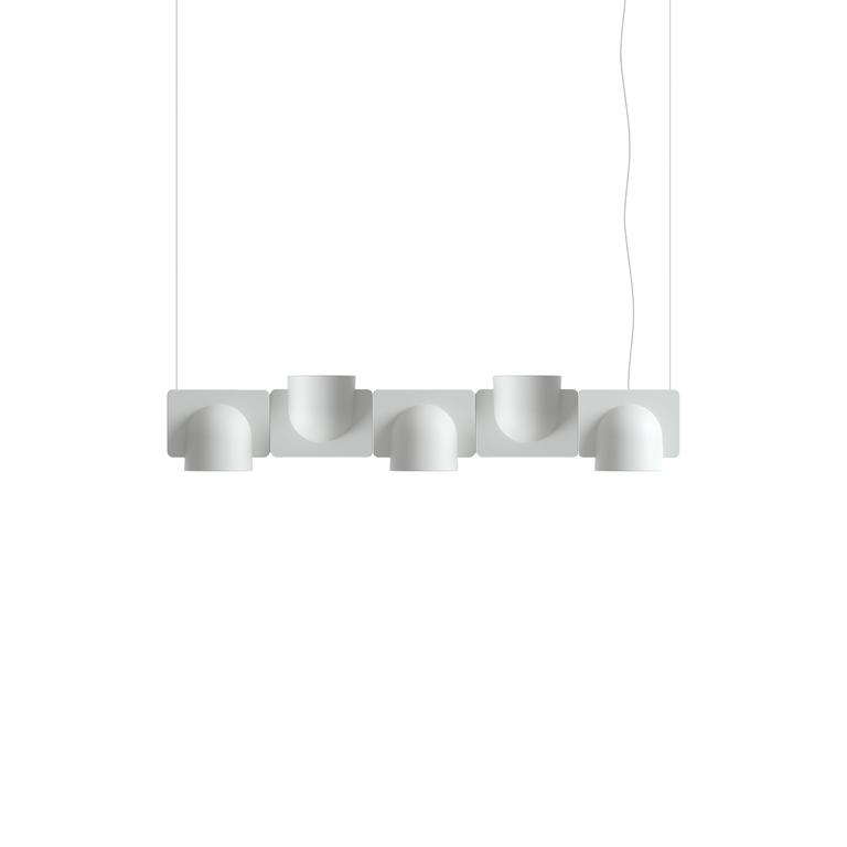 The Igloo system suspension lamp in techno polymer plastic designed by Studio Klass in 2014 and manufactured by Fontana Arte, 2017, represents the great innovation in the segment of hanging spotlights. It is a modular, self-supporting lighting