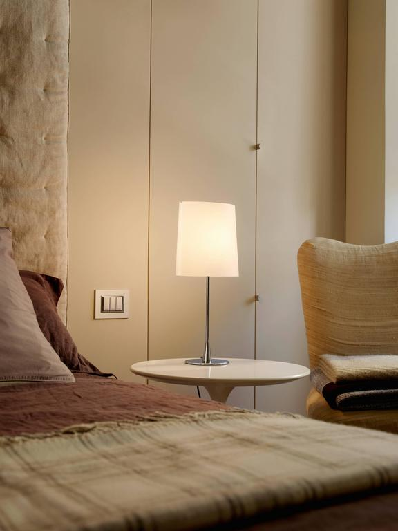 Pierluigi Cerri Fontana Arte Sara Table Lamp Aluminum And