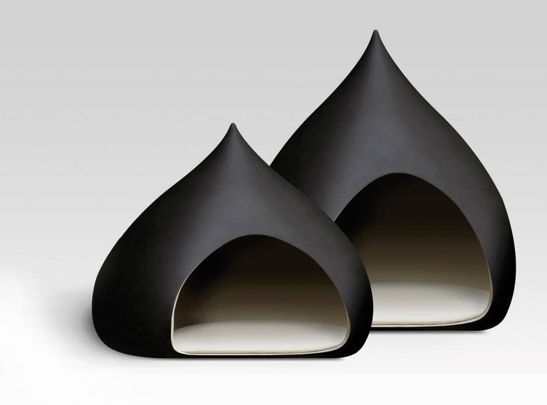 Castagna ceramic kennel small designed by Italo Bosa. From