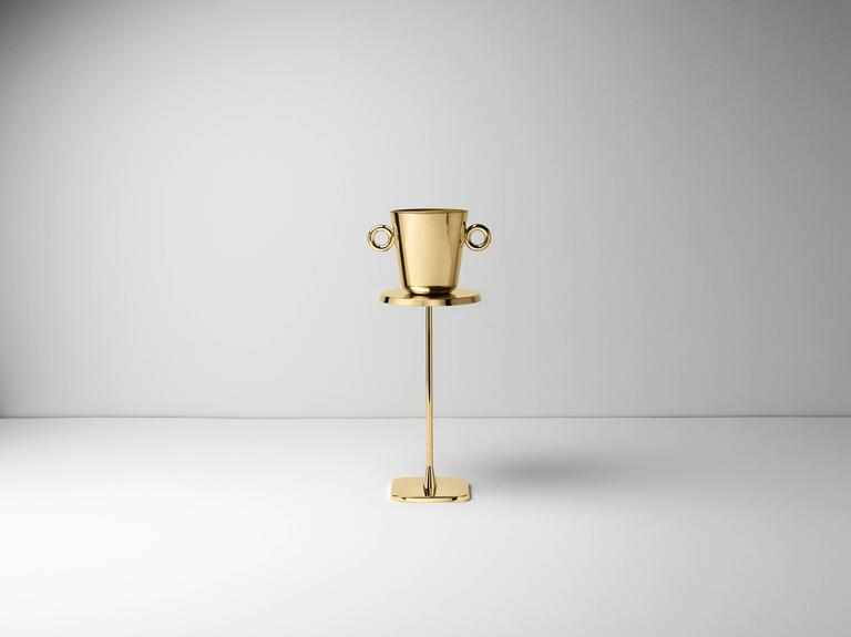 Ice bucket in casted polished brass designed by Richard Hutten.