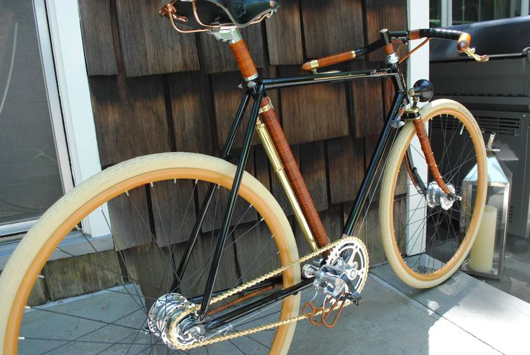 Model: Ascari copper custom. Date: April 28, 2015. Serial #: 038. Brand new condition (never been ridden outdoors, ever).  The frame size is 22.5