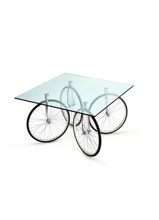 Tour Table with Glass Top Designed by Gae Aulenti for Fontana Arte 4