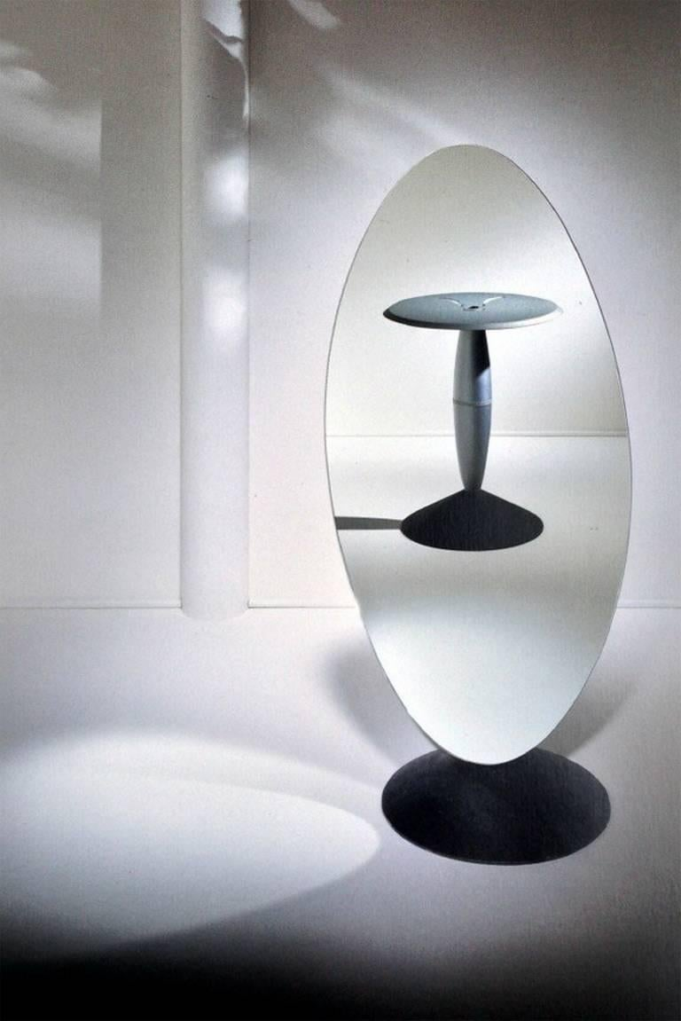 Psiche table and mirror designed by philippe starck for for Philippe starck miroir