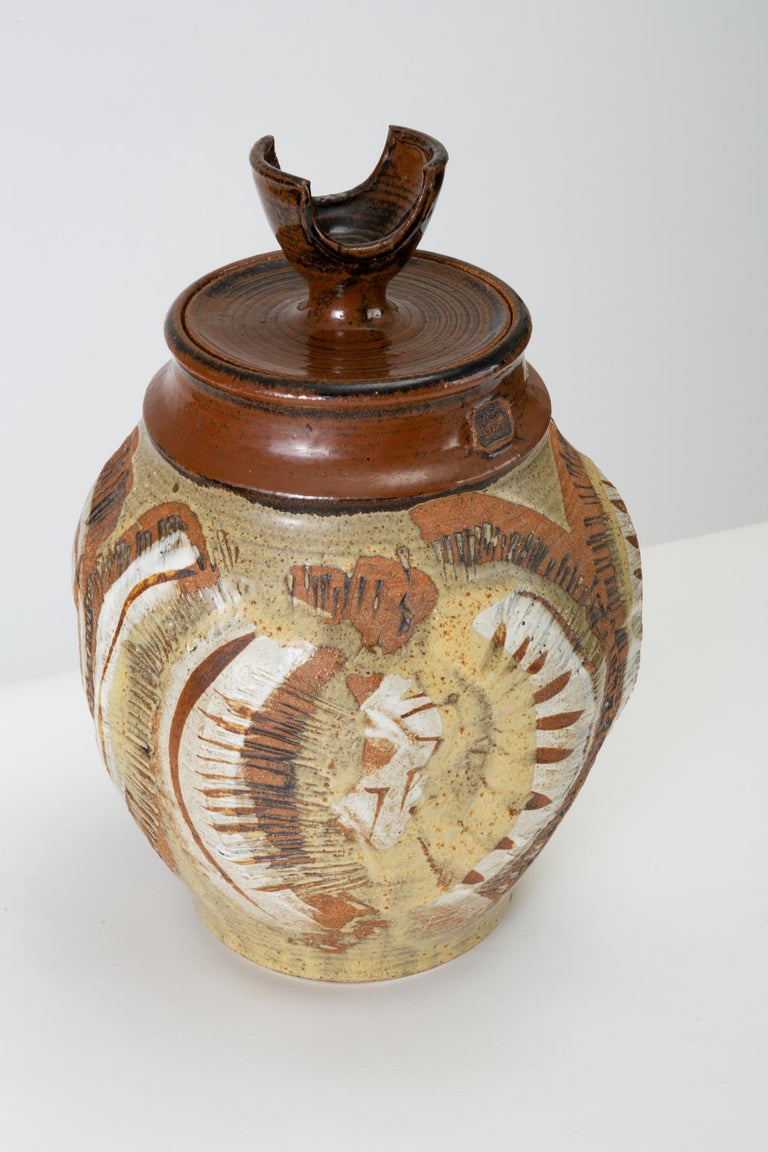 California Modern Large Studio Pottery Jar with Lid by Don Jennings In Good Condition For Sale In Los Angeles, CA