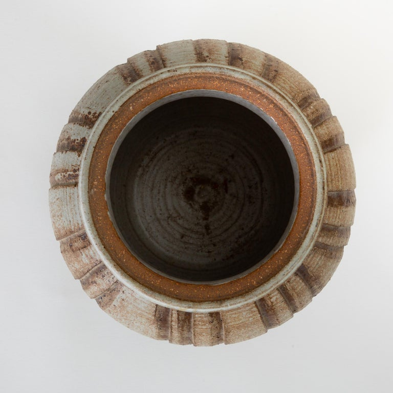 California Modern Incised Studio Pottery Vessel with Lid by Don Jennings In Good Condition For Sale In Los Angeles, CA