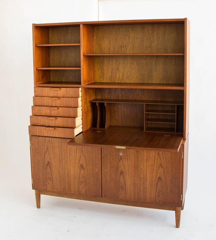 Poul Hundevad Danish Teak Bookcase At 1stdibs