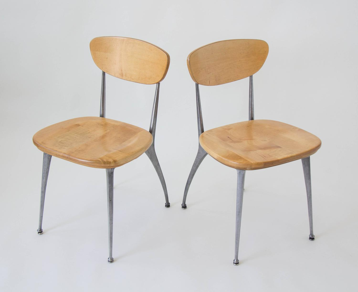 Set Of Four Shelby Williams Gazelle Leg Dining Chairs For