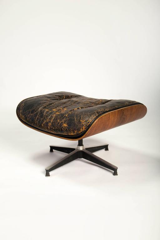 Early Eames 670/671 Lounge Chair and Rotating Ottoman 7