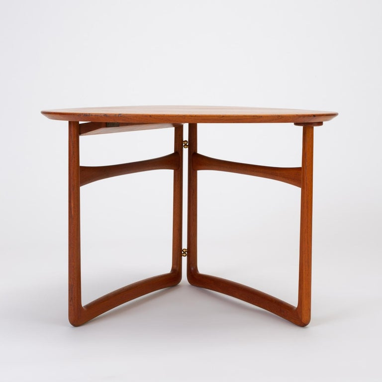 Mid-20th Century Trilateral Folding Side Table by Peter Hvidt and Orla Mølgaard-Nielsen For Sale