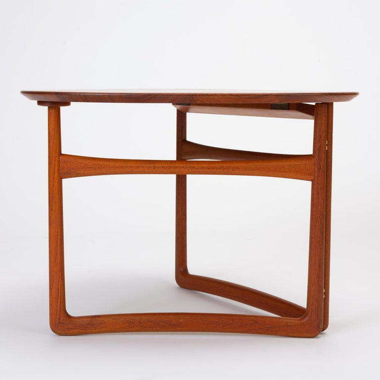 Trilateral Folding Side Table by Peter Hvidt and Orla Mølgaard-Nielsen In Excellent Condition For Sale In Los Angeles, CA