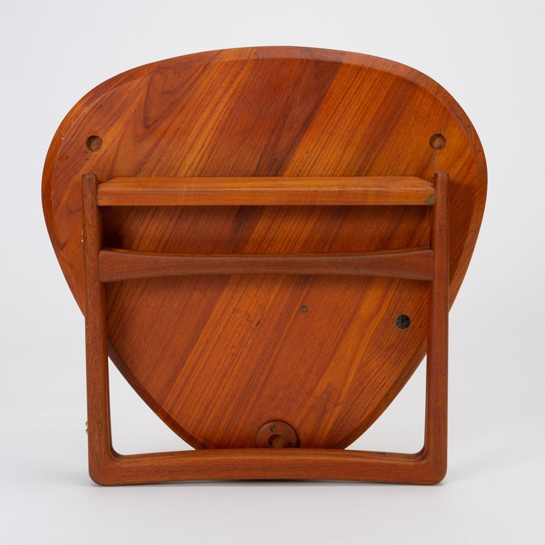 Trilateral Folding Side Table by Peter Hvidt and Orla Mølgaard-Nielsen For Sale 4