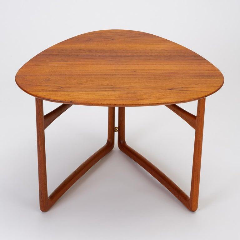 Trilateral Folding Side Table by Peter Hvidt and Orla Mølgaard-Nielsen For Sale 1