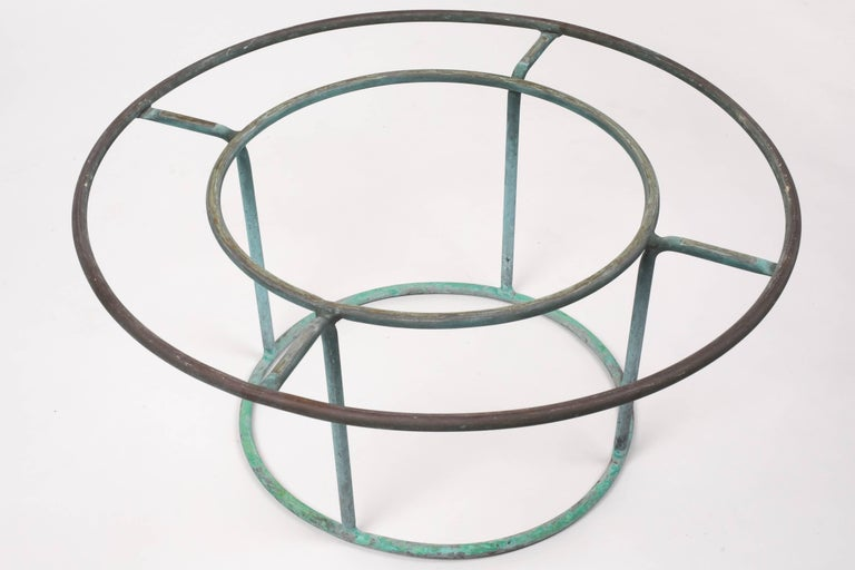 American Walter Lamb Round Coffee Table with Hammered Glass Top For Sale