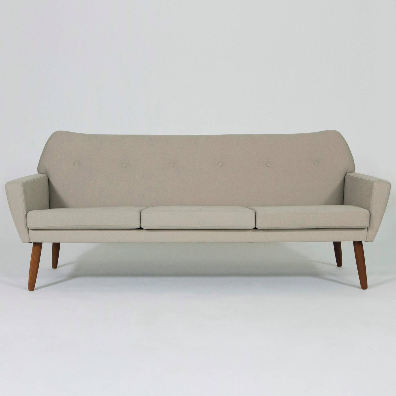 mid century modern teak sofa danish design 1960s at 1stdibs. Black Bedroom Furniture Sets. Home Design Ideas
