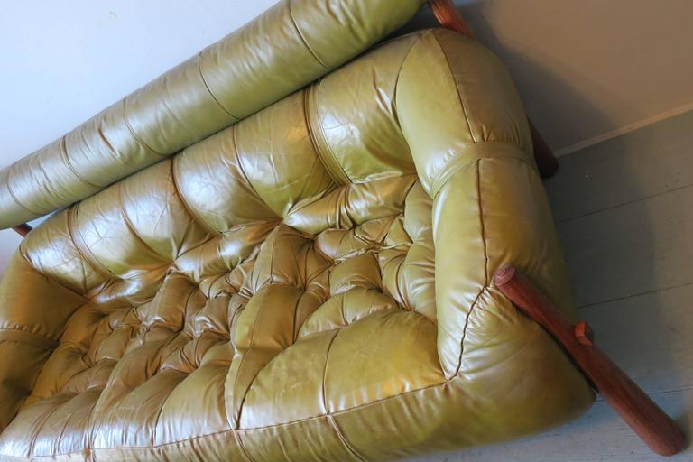 Dreisitzer-Sofa aus Palisanderholz und Leder von Percival Lafer, Brasilien, 1974 2