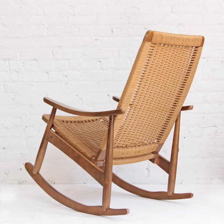 Woven Rope Mid-Century Modern Rocking Chair and Ottoman In Good Condition In Brooklyn, NY
