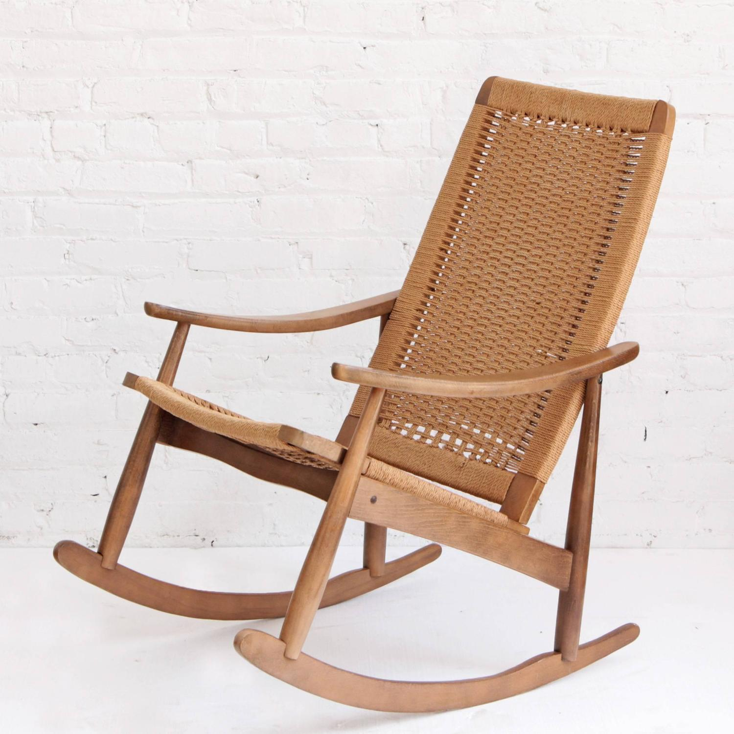 woven rope mid century modern rocking chair and ottoman at 1stdibs. Black Bedroom Furniture Sets. Home Design Ideas