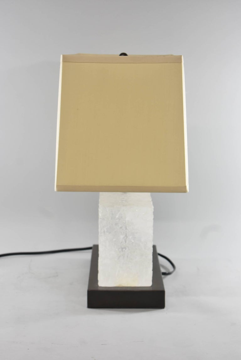 American Signed / Numbered Carved Ice Table Lamp by Robert Kuo for McGuire 3/19 For Sale