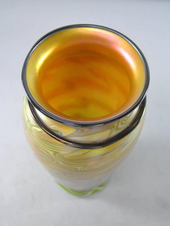 American Lundberg Studios King Tut Art Glass Vase Signed For Sale