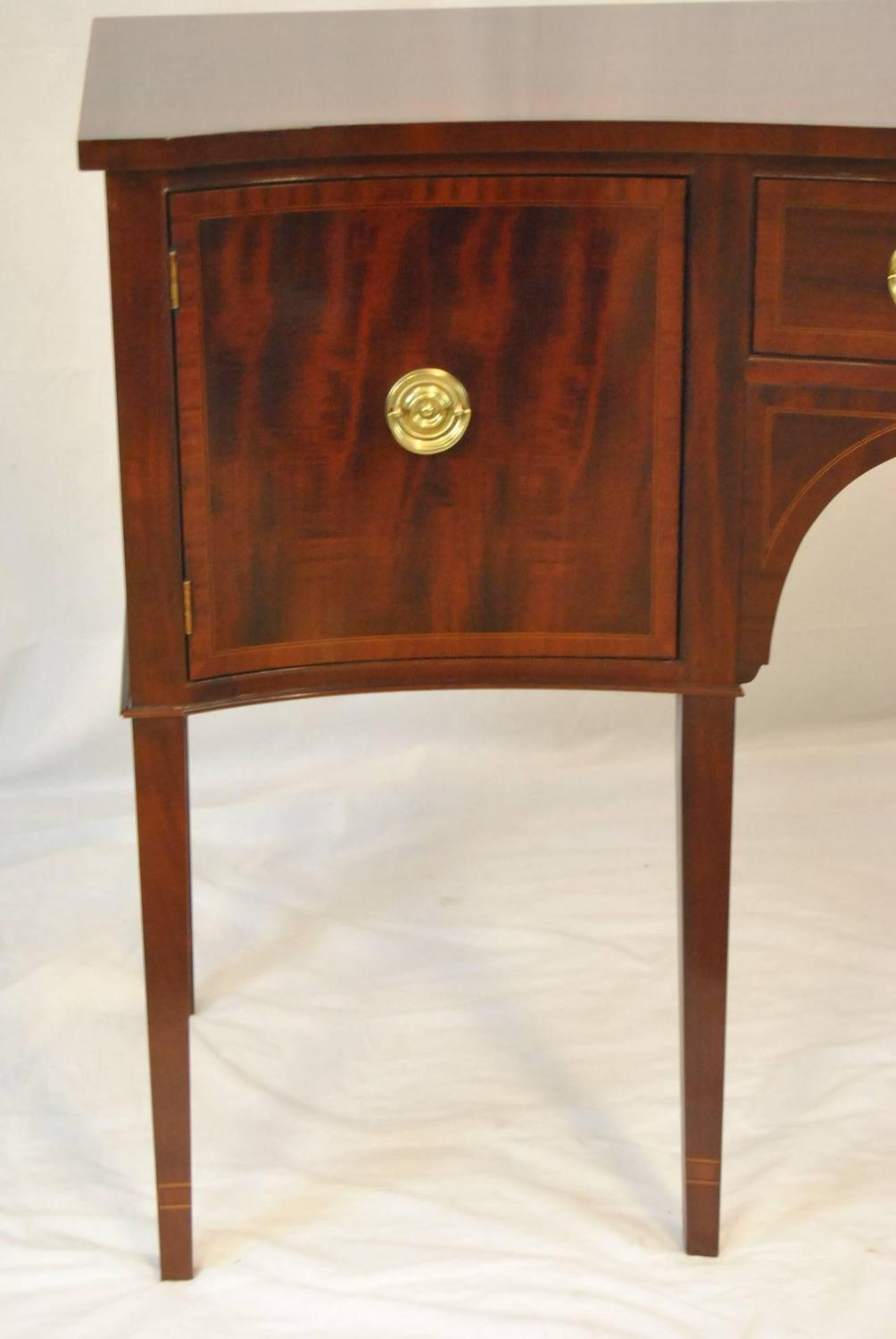 Georgian Style Mahogany Sideboard Buffet By Baker Furniture For Sale At 1stdibs
