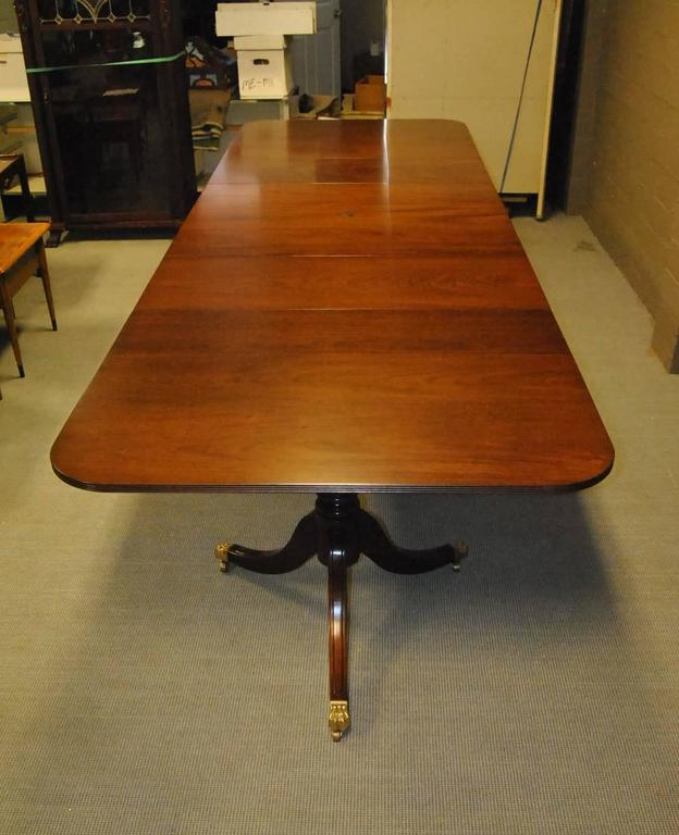 Exceptionnel An Unusual 18th Century Style Mahogany Conference Table By Kittinger. The  Table Features Three Pedestals