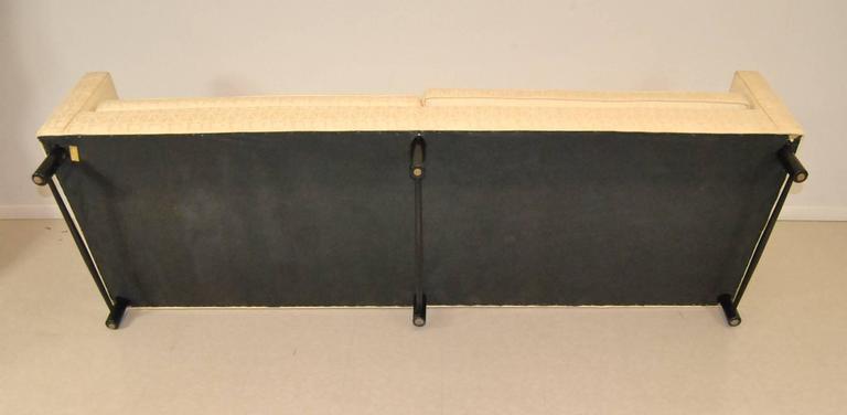 Dunbar Sofa Model 5138 Designed by Edward Wormley  For Sale 4
