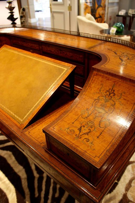 English  Georgian Adams-Style Carlton House Marquetry Inlaid Desk by Edwards and Roberts For Sale
