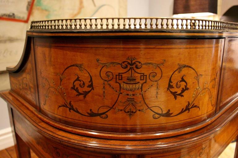 Satinwood  Georgian Adams-Style Carlton House Marquetry Inlaid Desk by Edwards and Roberts For Sale
