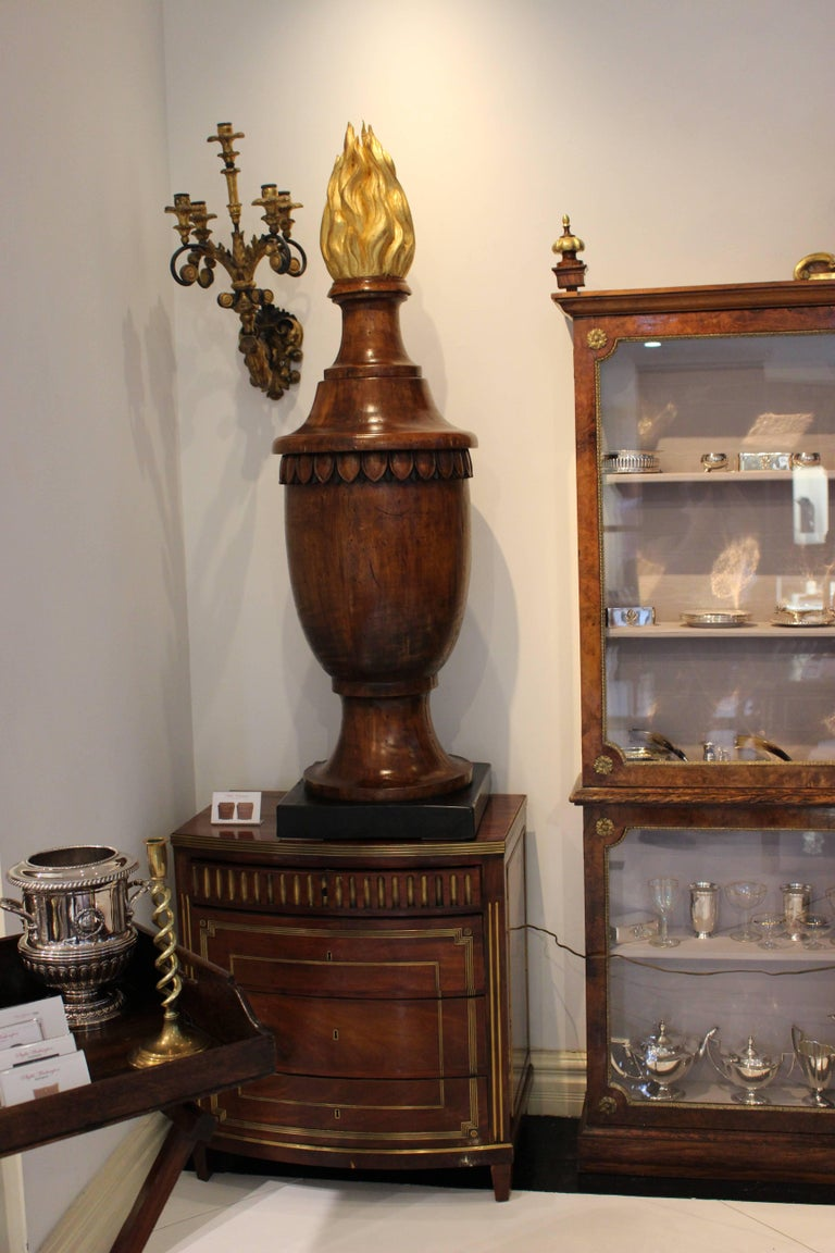 Pair Of Neoclassical Style Wood Finials In The Form Of Urns For Sale
