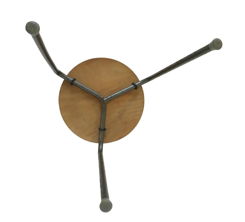 Arne Jacobsen For Fritz Hansen Dot Stool For Sale At 1stdibs