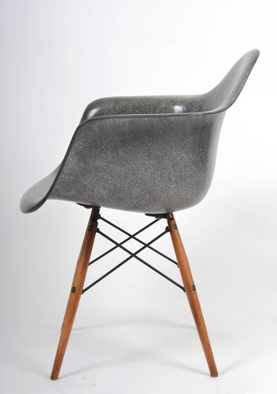 Mid Century Modern 1950s Herman Miller Grey Zenith Manufactured Rope Edge  Fiberglass Eames Chair For