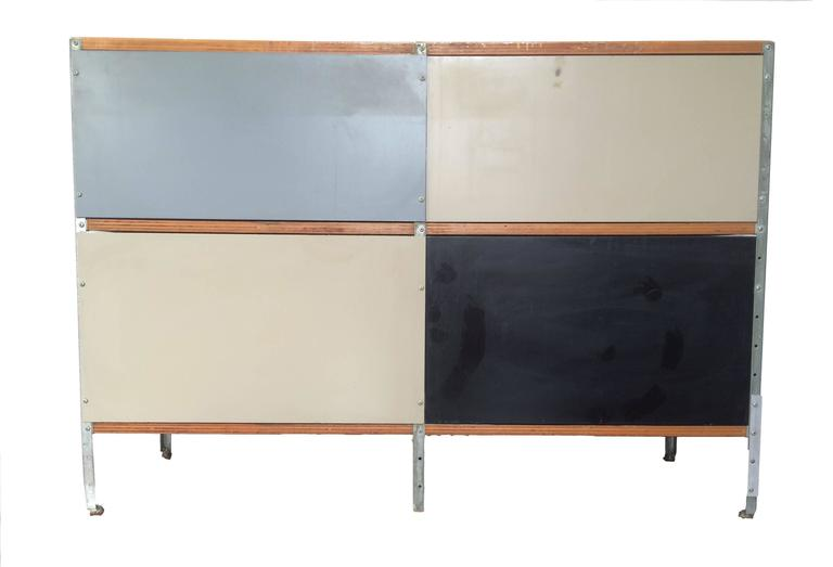 American Early Herman Miller ESU, Eames Storage Unit, Designed by Charles and Ray Eames For Sale