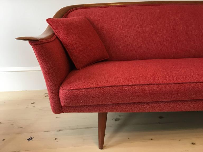 20th Century Mid-Century Norwegian Sculptural Sofa by Fredrik Kayser for Vatne  For Sale