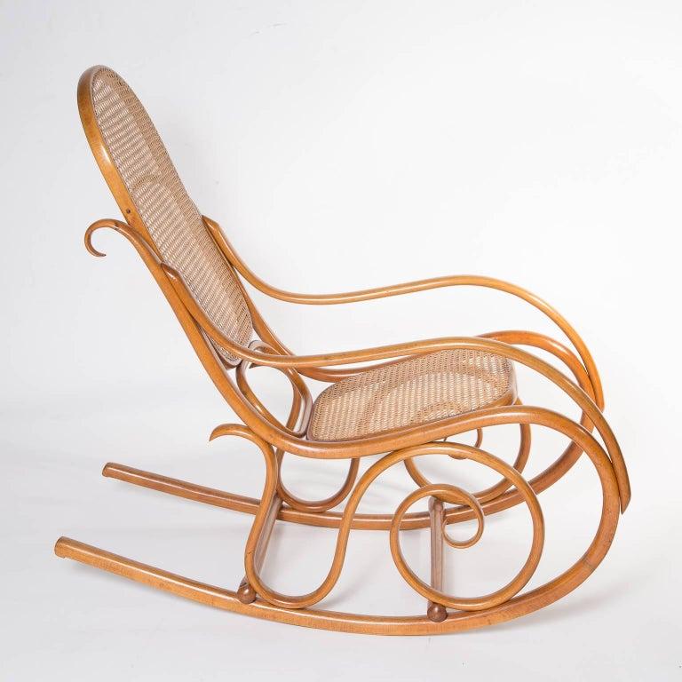 Marvelous Jugendstil Thonet No 10 Bentwood Rocking Chair Austria 1895 Machost Co Dining Chair Design Ideas Machostcouk