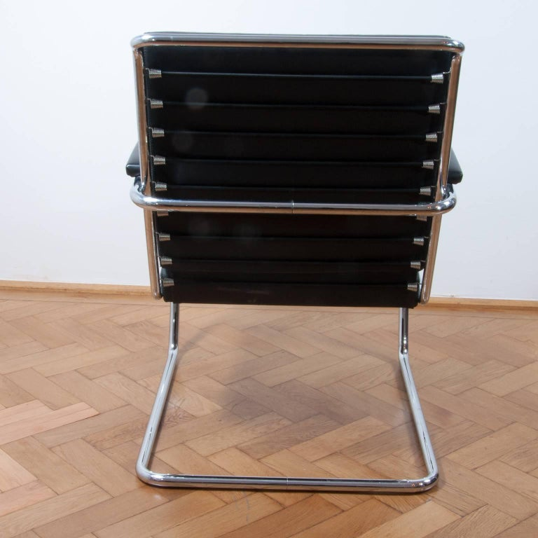 Galvanized Thonet K147 Cantilever Lounge Chair Bauhaus Classic Designed, Anton Lorenz, 1930 For Sale