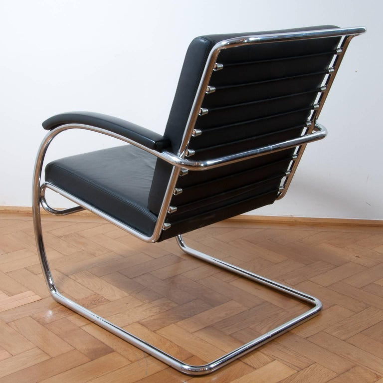 German Thonet K147 Cantilever Lounge Chair Bauhaus Classic Designed, Anton Lorenz, 1930 For Sale