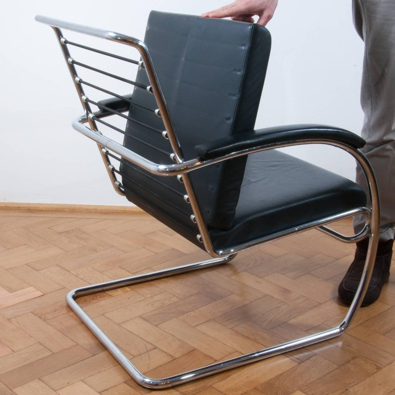 Thonet K147 Cantilever Lounge Chair Bauhaus Classic Designed, Anton Lorenz, 1930 For Sale 1