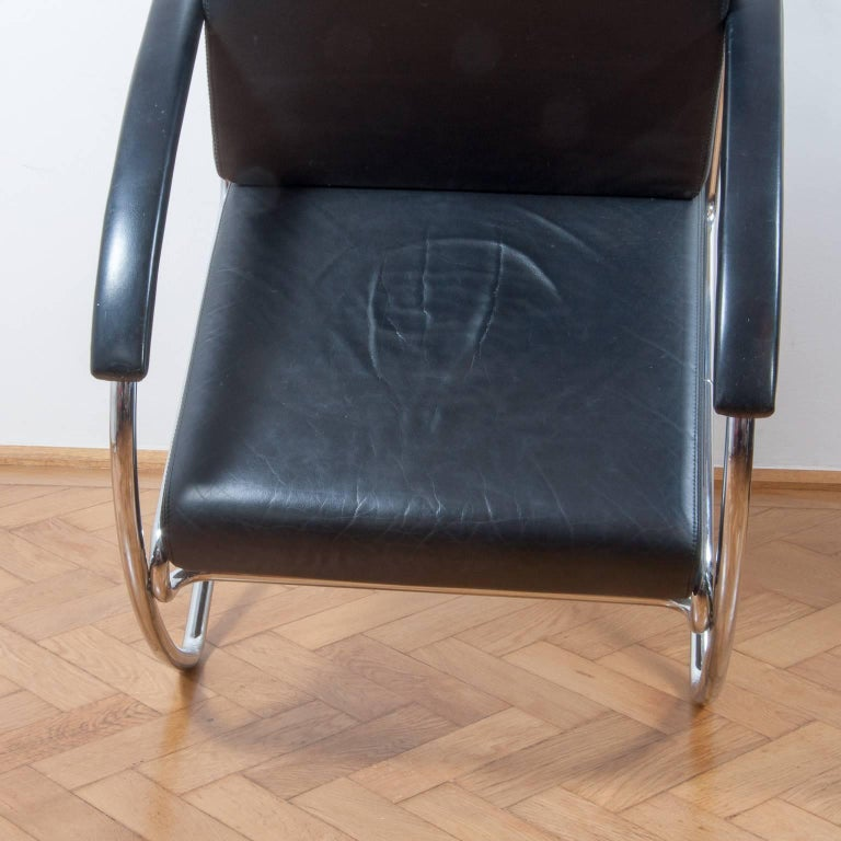Steel Thonet K147 Cantilever Lounge Chair Bauhaus Classic Designed, Anton Lorenz, 1930 For Sale