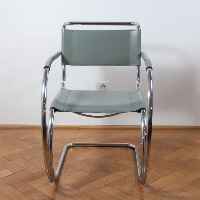 A wonderful example of an iconic S533 Cantilever chair originally designed in 1927 by Ludwig Mies van der Rohe for Thonet. His design combines functionality and comfort with timeless aesthetics. The chair was first presented in the Weissenhof Estate