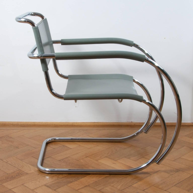 German Thonet S533 Cantilever Chair, Armchair, Lounge Chair Designed by L. Mies vd Rohe For Sale