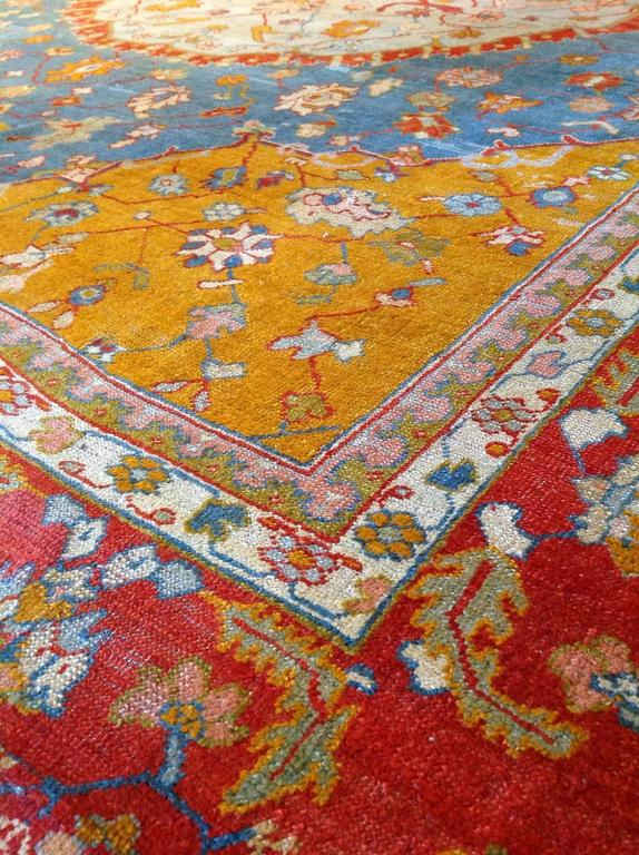 Antique Turkish Oushak Rug, circa 1880 In Good Condition For Sale In Los Angeles, CA