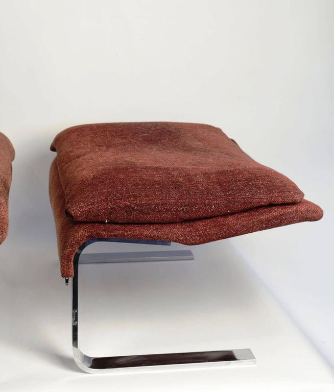 "Pair of ""Onda"" Lounge Armchairs with Matching Footstools by G. Offredi, 1970s 8"
