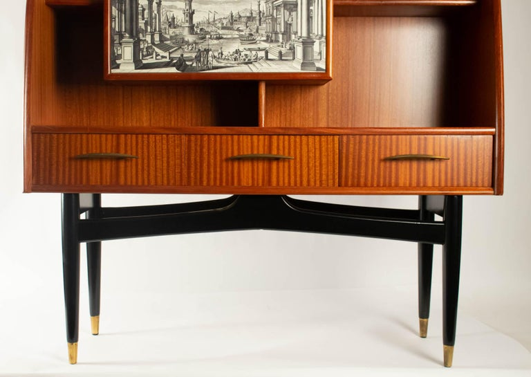 Italian Nice Writing Desk Cabinet with Printed Architectural View on Door, Italy 1950s For Sale